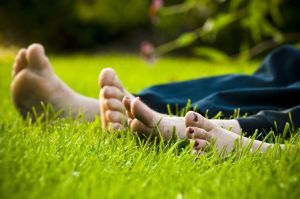 toes-in-the-grass-sxc