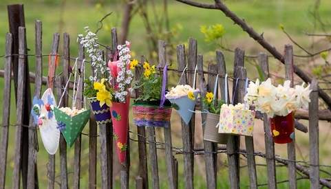 May-Day-flower-baskets